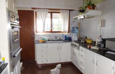 Casa en calle 25 de Mayo y Goyena