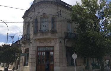 Departamento céntrico esquina Salgado y Sarmiento (Valor rebajado)
